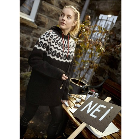 38-02 NEI - islandsk sweater med protest